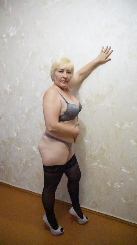 Пожилая проститутка госпожа #10